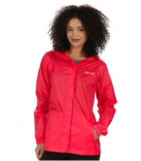 Regenjas dames Regatta pack-it coral blush vrouwelijk model voorkant