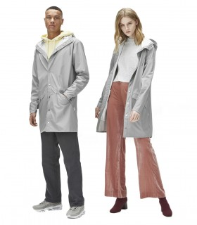 RAINS Long jacket RustLange regenjas dames en regenjas heren Rains long jacket stone mannelijk en vrouwelijk model